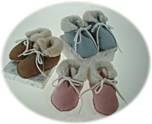 Baby's sheepskin slippers