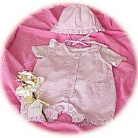 Baby's sun suit